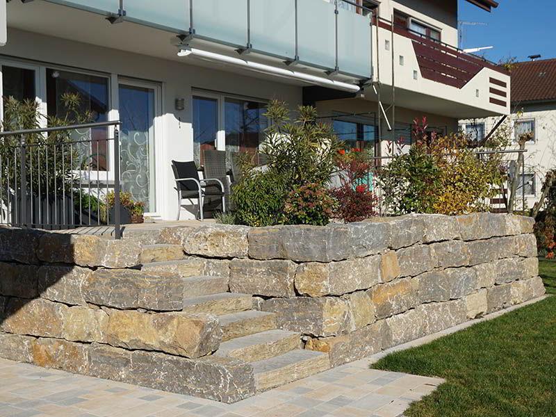 natursteinmauern-terrasse