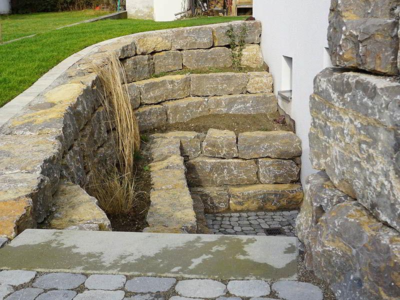 natursteinmauern-terrassentreppen